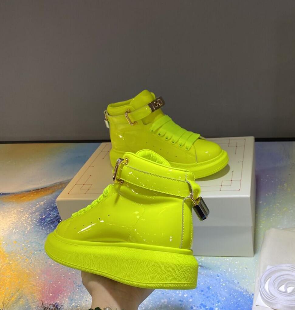 2020 İLKBAHAR SONBAHAR Bayan Sarı patenti parlak gerçek deri yüksek üst Eğitmenler spor ayakkabısı
