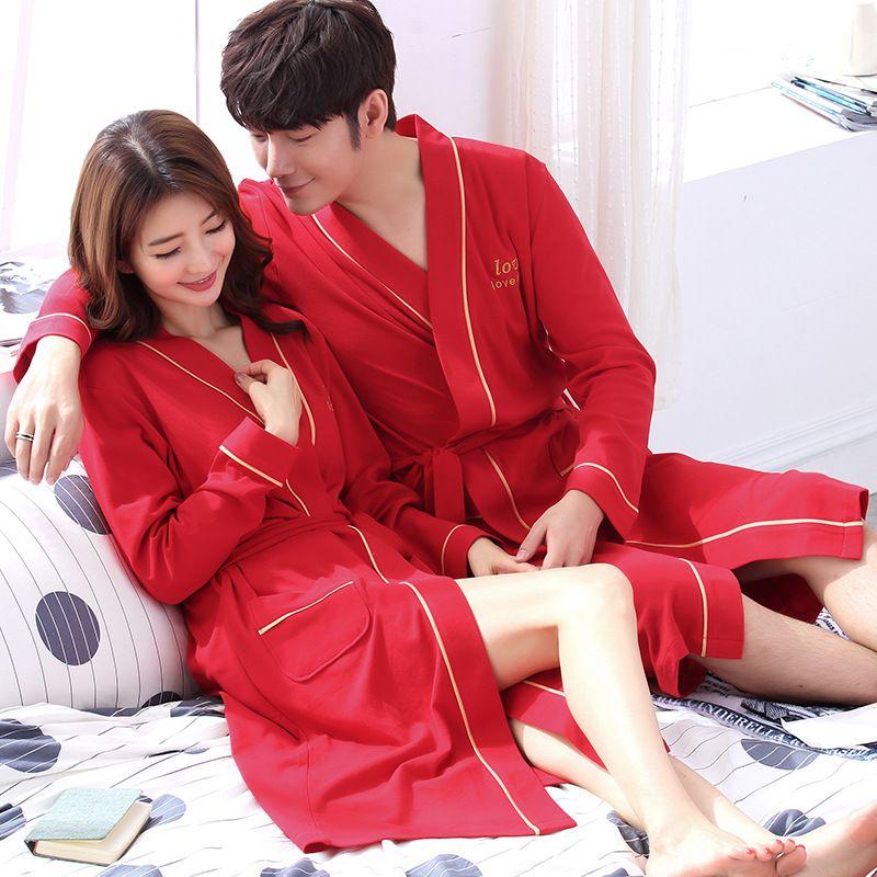 Le style de printemps et d'automne Couples jeunes mariés Pyjama manches longues en coton Notte peignoirs de nuit Red fête les femmes