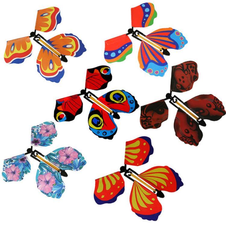 Brinquedo mágico da borboleta voando mudar com truques mãos vazias da liberdade da borboleta Magia Prop engraçado Prank Joke Místico truque Brinquedos Atacado AHE922