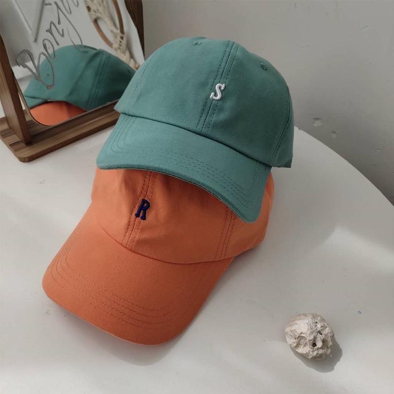 Chapeau nouveau casual et mode été baseball net rouge broderie de petite lettre casquette de baseball étudiant printemps femme chapeau couple brodé pQwvc
