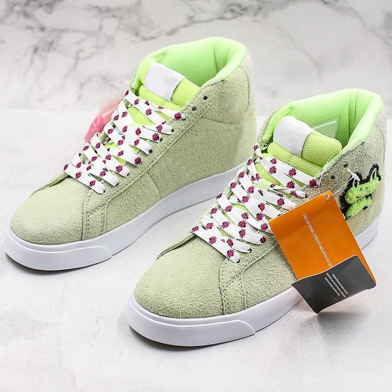 Sevimli Kurbağa Kaykay X SB Blazer Mid QS Spor Erkek Kadınlar Açık Yeşil Süet Tasarımcı Sneakers des Chaussures Eğitmenler Zapat Ayakkabı Koşu