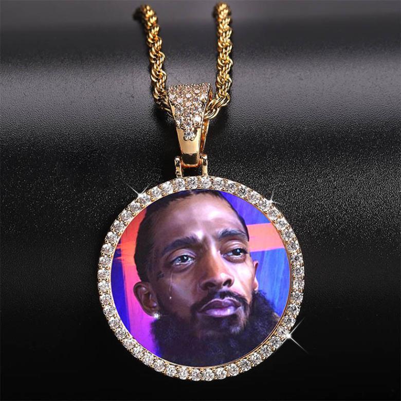 Индивидуальные фотографии Ожерелья Ювелирные Изделия Мода 18K Позолоченные Круг Круг Завеска Ожерелье Блен Циркон Вымощенные хип-хоп Ожерелья LN129