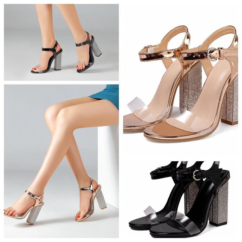 2020 Nuovo Fashin Primavera Estate Sandali di lusso firmati scarpe col tacco alto sandali Beach Champagne e nero scarpe da sposa per nuziale