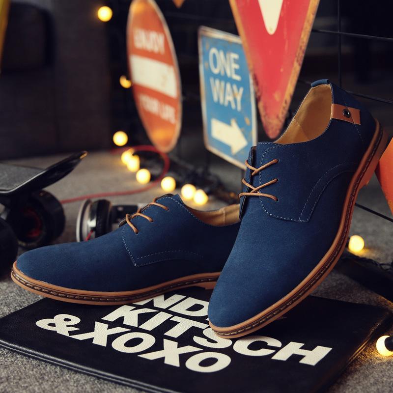 남성 스웨이드 옥스포드 가죽 정장 구두 Zapatillas 남성 플랫 플러스 큰 크기 Snakers 남자 브랜드 남성 신발 영국의 트렌드 캐주얼