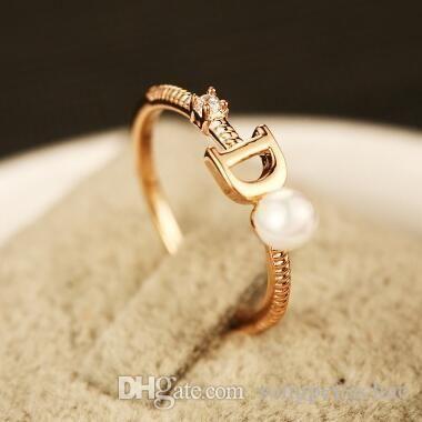 Marca Europea chapado en oro de la letra D del anillo de la perla de la manera de la vendimia del anillo encanta los anillos de boda para el partido de dedo de la vendimia del anillo de joyería de fantasía