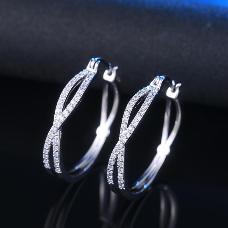 Huitan Versatile Style grandi orecchini semplice moda femminile Accessori per i regali festa di compleanno Ragazze Timeless monili d'avanguardia