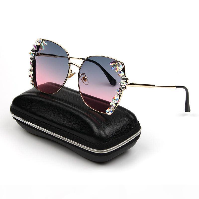 2020 Avrupa ve Amerikan lüks elmas kare güneş gözlüğü renkli moda bayan güneş gözlüğü tasarımcısı Retro gözlük güzel bir paketleme bo