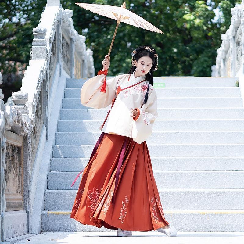 yxRix femmes automne vêtements de cheval face brodée et l'hiver coréen rouge de style quotidien La broderie robe robe