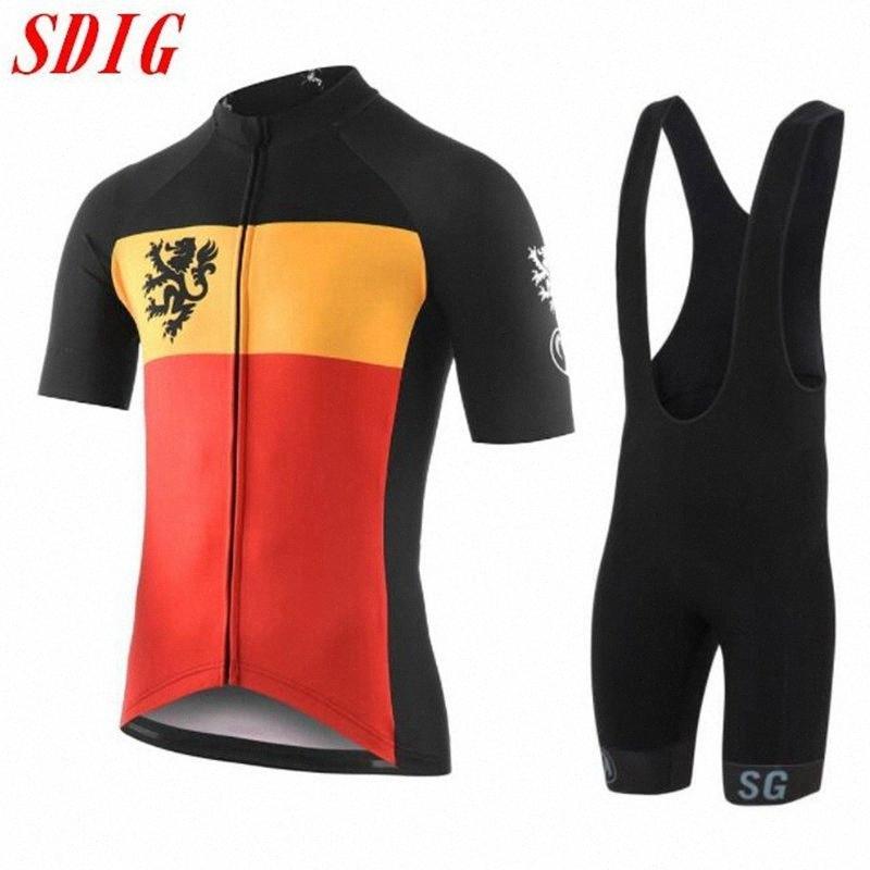 Migliori uomini di vendita della squadra estate Maglia a maniche corte ciclismo 2020 outdoor sport ciclismo mountain top strada usura T-shirt OmiY #