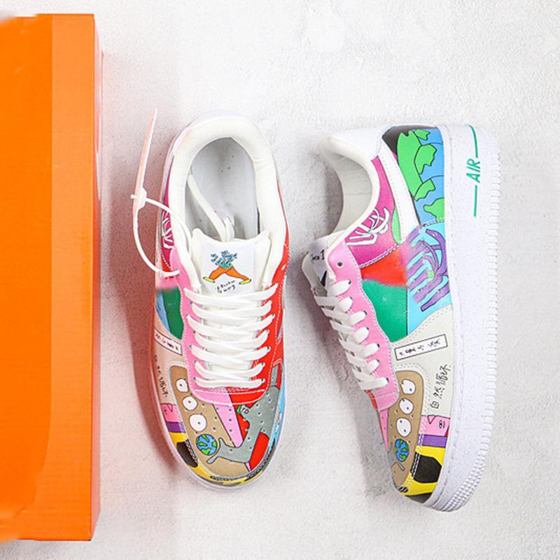 2020 OG illustratore Ruohan Wang 1 1s Bassa illustrazione dipinto graffiti CZ3990-900 Skateboard Scarpe Uomo Donne Moda Trainer Sneakers