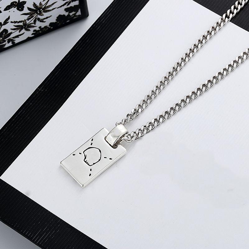 Nouveau collier long collier de mode collier de charme de qualité supérieure collier plaqué argent pour une bijouterie de mode unisexe
