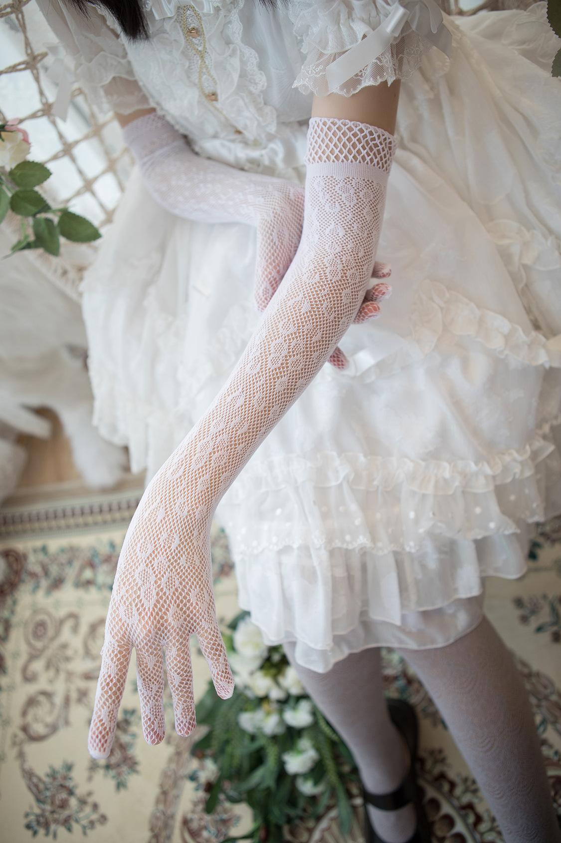 Guantes de novia de encaje Lolita Boho 2021 boda ocasión formal muchachas de las mujeres Guantes de la longitud del codo Guantes completa dedos largos de malla Novias AL6975