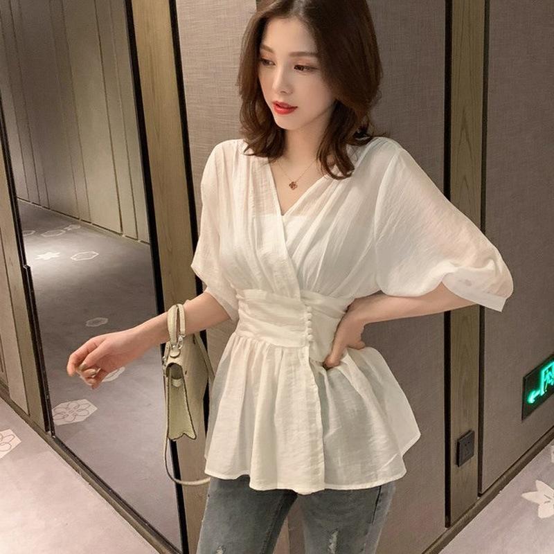 GfIjW Stil 2019 neue koreanische Hülse Shirt mit V-Ausschnitt Taille weißen dünnen Halb Sommer Shirt Frauen-schicke Nische Design