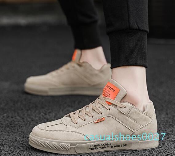2Genuine deri Flats Tasarımcı spor ayakkabıları erkekler kadınlar Klasik Günlük Ayakkabılar piton kaplan arı Çiçek İşlemeli Horoz Aşk spor ayakkabısı C27
