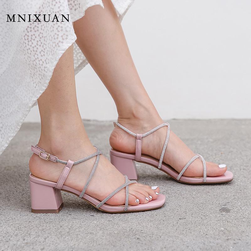 Korean süße Damen Gladiator Sandalen Frauen hohe Absätze 2020 neue offene Spitze Strass Block Fersen rosa Partei-Kleidschuhe Größe 42