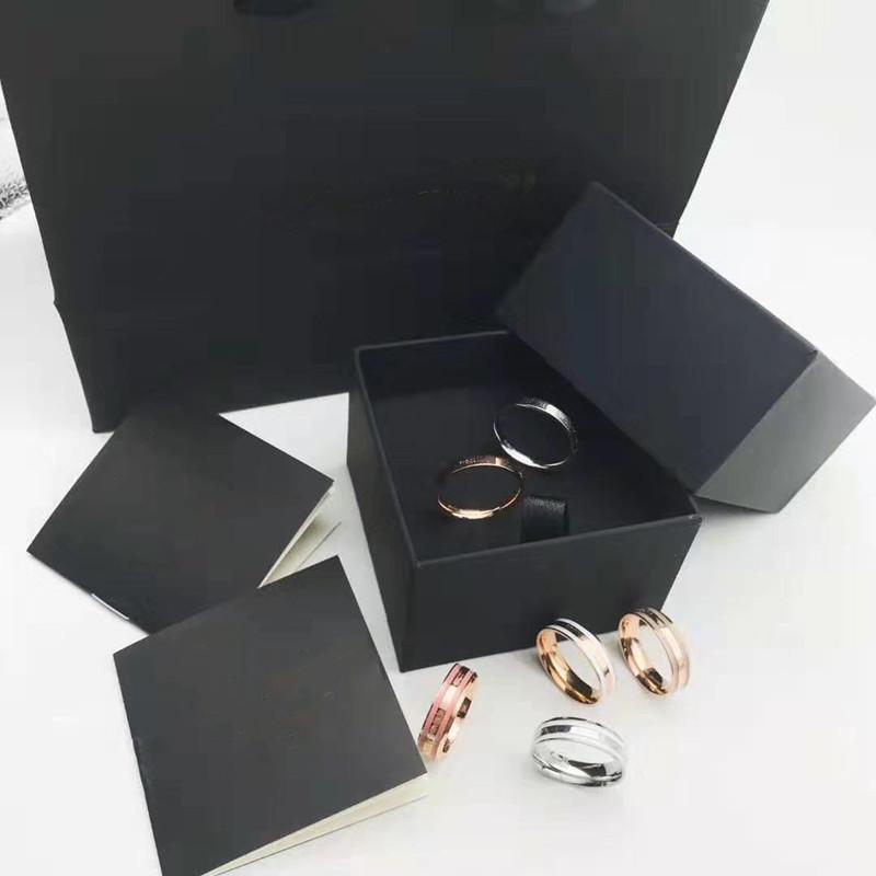 أعلى CW حلقة روز الذهب الفضة المسمار خواتم متعدد الألوان زوجين خواتم الرجال النساء H عصابة مجوهرات خاتم الحب مع صندوق أصلي