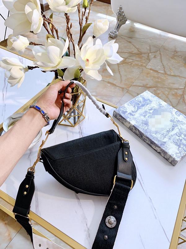 Дамы дизайнер сумки плеча женщин Роскошные сумки Твердые Сумки черные Девушки Тотализаторов Мода Креста тела Марка Высокое качество 25 * 19см 20062607CE