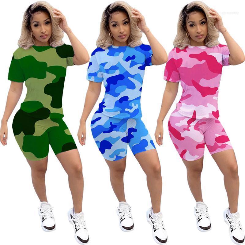 النساء مصمم الدعاوى 2PCS التي شيرت السراويل نحيل الصيف التمويه مطبوعة متدرجة اللون عارضة رياضية أنثى الملابس البلوز