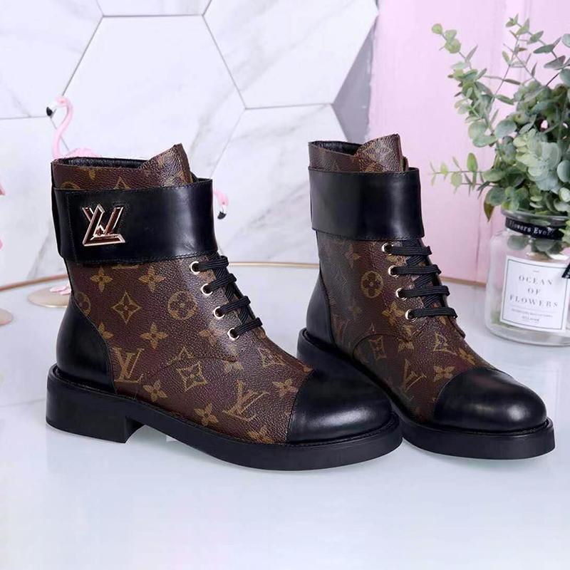 Yüksek Kaliteli Martin Boots Kış Kadın Moda Desert Boots% 100 Deri Yüksek topuk Bottes Femmes Wonderland Düz Ranger Satış Lady Shoes