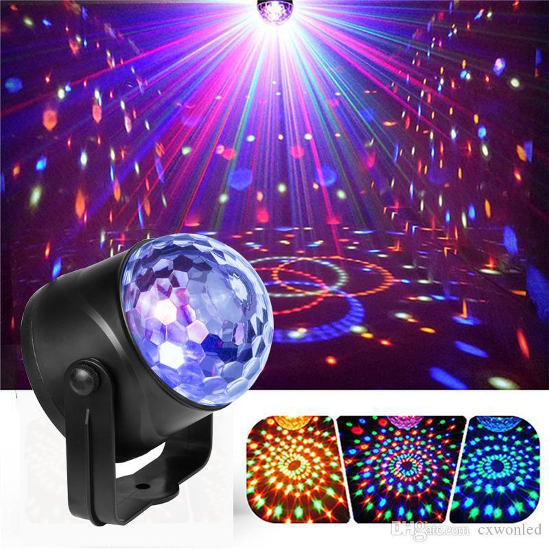Nuove luci portatili del palcoscenico laser RGB Seven Mode Illuminazione Mini DJ laser con telecomando per il proiettore di club di Natale