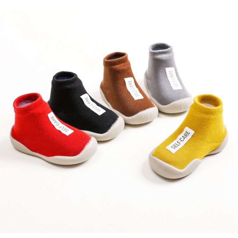 Zapatos niños suave suela de goma unisex zapatos primero zapato de bebé de punto botines antideslizante andadores para niños pequeños Primera muchacha de Walker