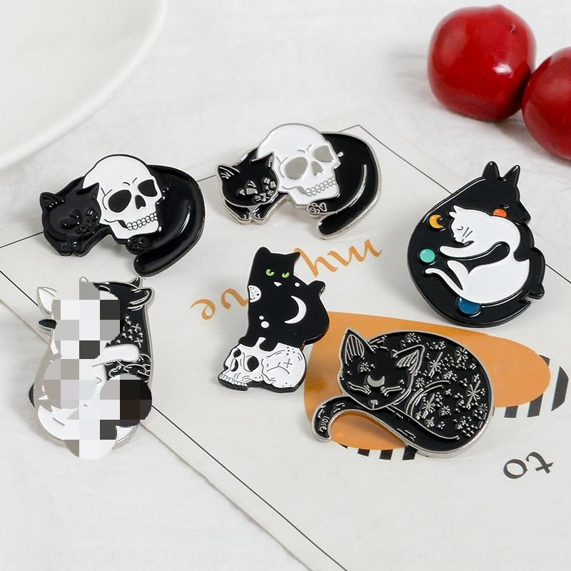Crânio do gato broche misteriosa bruxa esmalte emblema do Pin lua e estrela gato distintivo de lapela pin TPzar