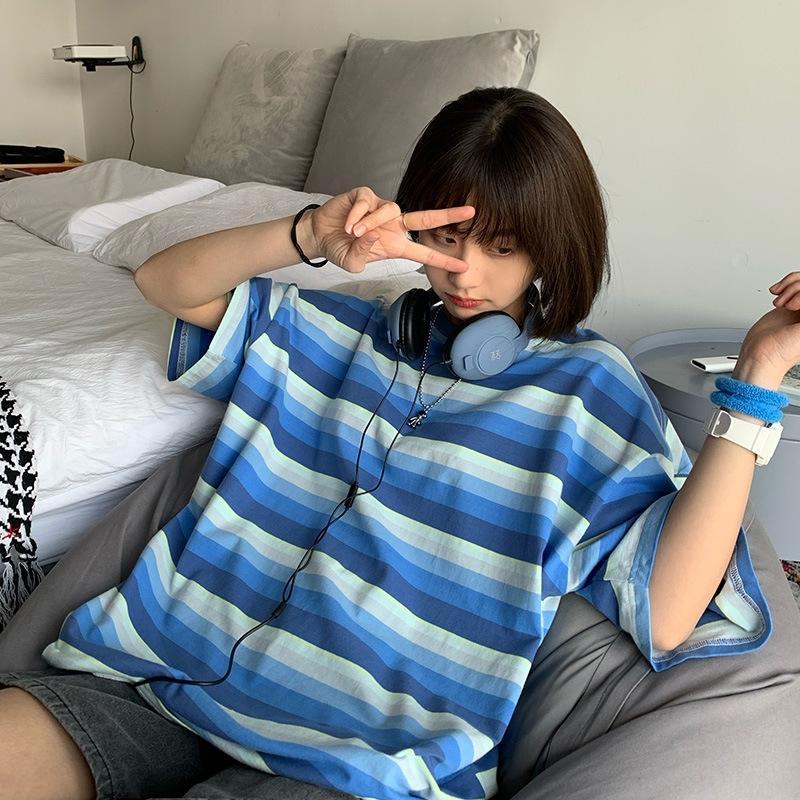 2020 estate nuovo blu e bianco gradiente di strisce sciolti T-shirt Top ins a maniche corte delle donne a maniche corte T-shirt