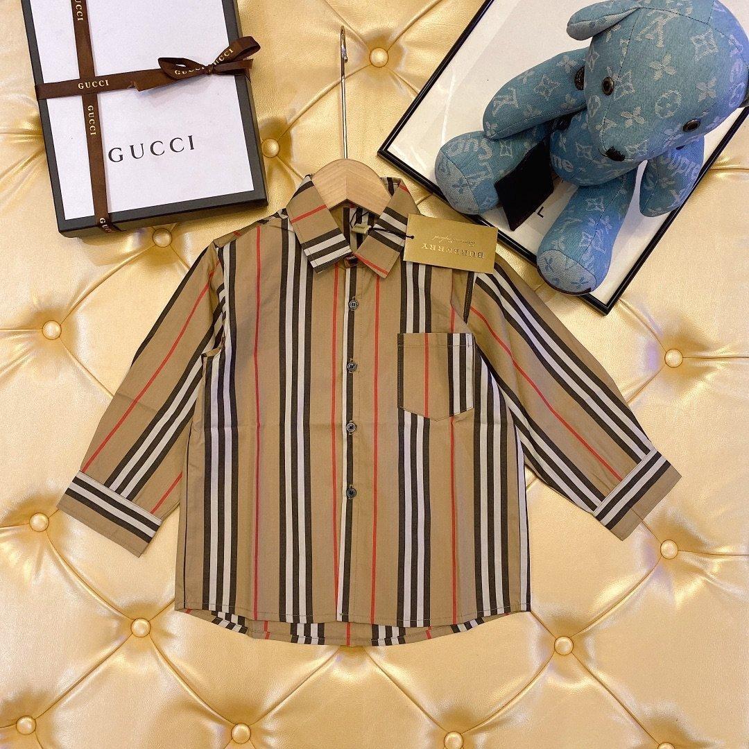 полоса отворот новых Мальчиков девочка Детской весна осень дышащие комфортно напечатаны рубашки