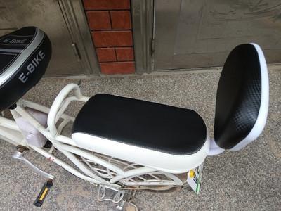 Bergpolster hinten Schwamm liefert Zubehör Zubehör Rückenlehne Sitz Sitzreitfahrrad mit 3Vtox