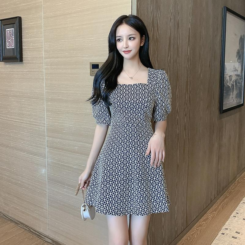 2020 verano nueva industria pesada burbuja vestido bordado del collar del cuadrado de la manga francesa del verano de las mujeres del vestido 4d7sE