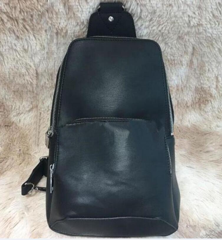 2020 Gerçek Deri erkek sapan çanta çapraz vücut messenger çanta Siyah açık Üst Kalite bel çantası paketi göğüs çantası