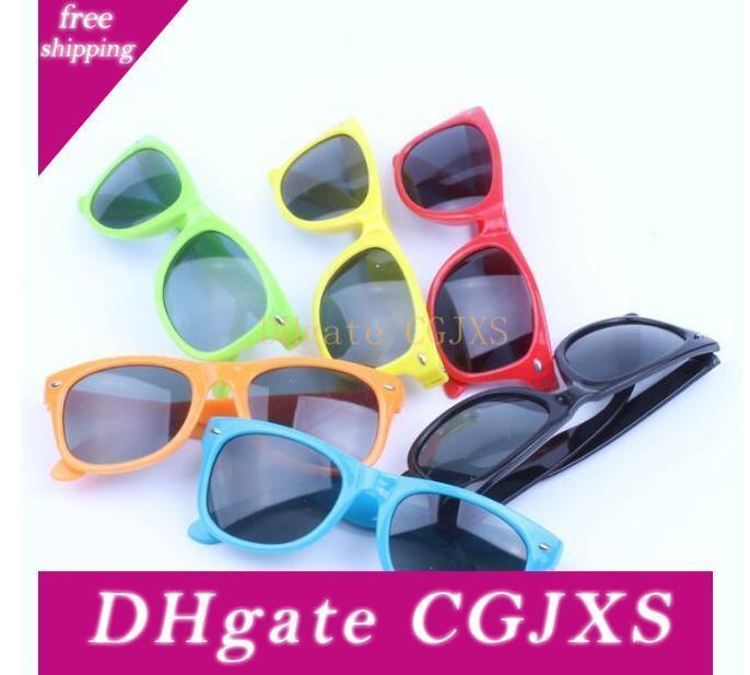 Mode Kinder Sonnenbrillen Rivet Kinder Sonnenbrille Kinder Anti -Uv Sonnenbrillen Mode Kind-Sommer-Brillen Multicolors