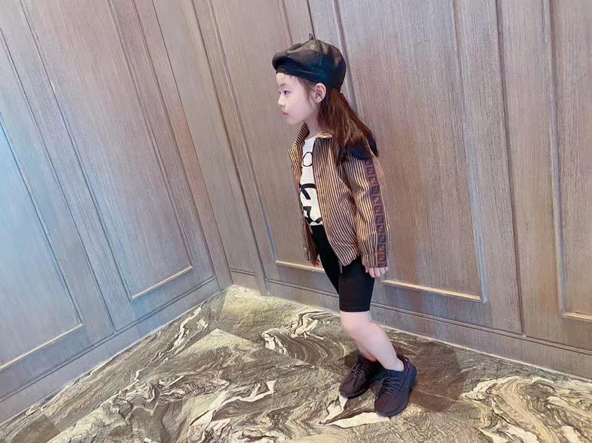 جودة عالية بنين أطفال بنات سترات أزياء الخريف CottonToddler الفتيات طفل السوستة معطف عادية باردة الملابس قمم
