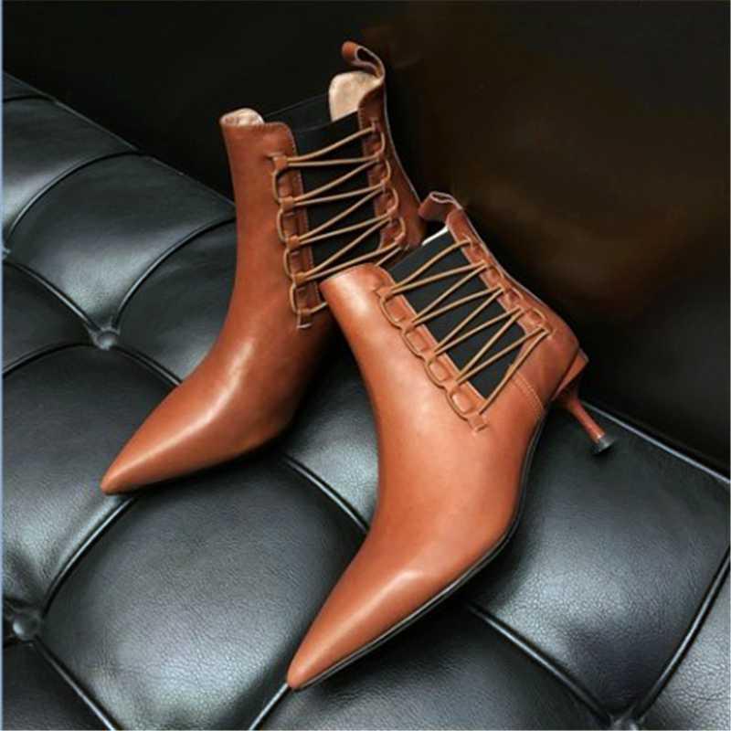 Kitten Heel Spitzschuh Stiefeletten echtes Leder Winter-Elegante Schuhe für Arbeit Schwarz Braun Elastic Band High Heel Stiefel