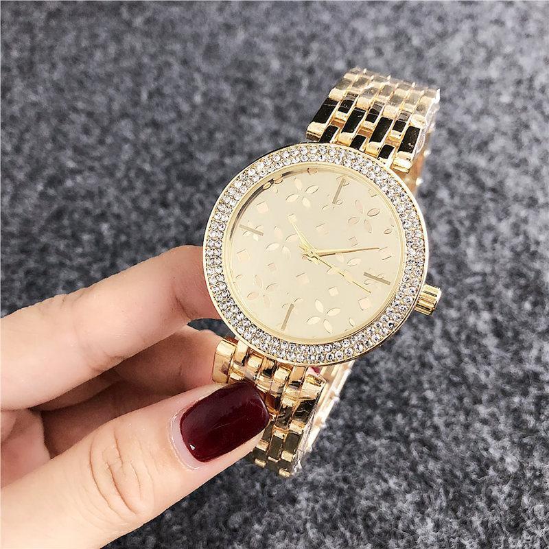 2020 progettista elegante nuovo lusso di cristallo del diamante Orologi vigilanza delle donne del nastro di acciaio oro rosa oro scintillante abito da signore Orologio da polso Drop Ship