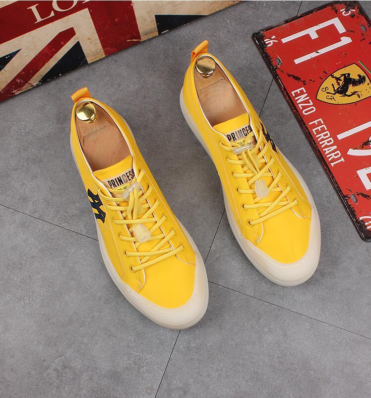 Calçados casuais Marca Designer homens verão respirável Moda Branca Sneakers Men Couro Calçados Lace-Up suave de condução simples mocassins I273
