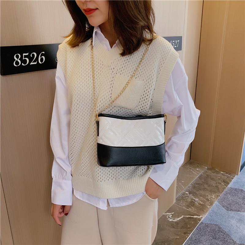 Bucket Womens 2020 filetage Broderie coréenne Mode Simple Femmes Nouveau sac de sacs tout match Sac Cool Sac à l'épaule UQWKX