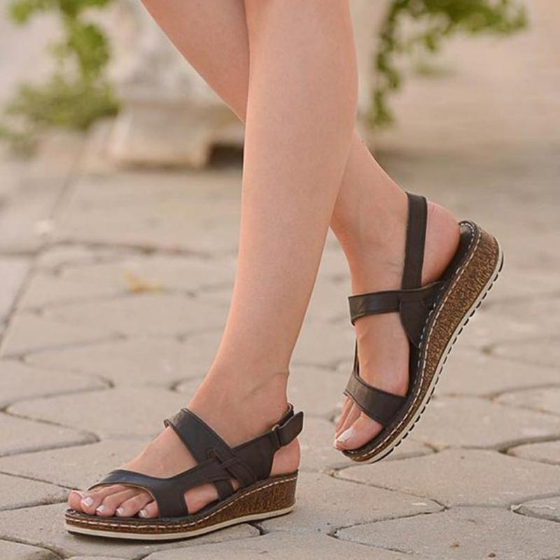 Yaz Kadın Sandalet Gladyatör Bayanlar Hollow Out takozları Toka Platformu Günlük Ayakkabılar Kadın Yumuşak Plaj Zapatos De Mujer Ayakkabı