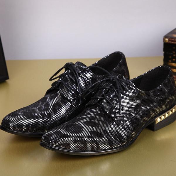 Chaussures Hommes Véritable Slip-on Casual style britannique en cuir Chaussures Homme Mocassins Gostinshoes main en cuir de vache pleine fleur