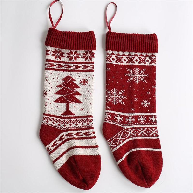 Patrón de estilo de Navidad del calcetín del copo de nieve árbol decorativo Festival de calcetines rojos peinada Medias bolsos del caramelo vendedor caliente de 9 8mx L1