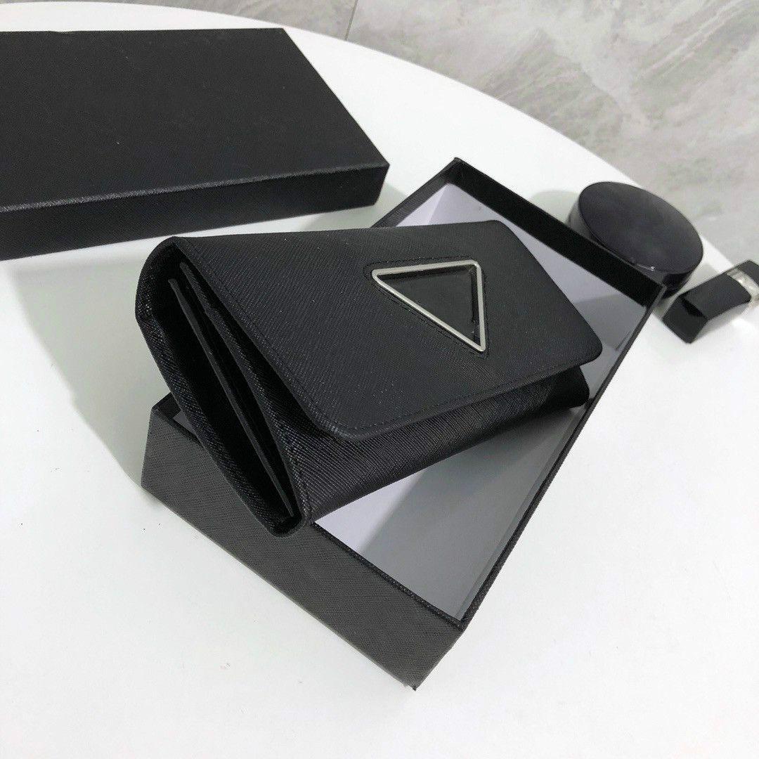 2021 Donne di lusso Borse Pochette Borse Fashion Unisex Brand Brand Portafogli lunghi Bovina di vacchetta Designer multi-funzione Biglietti da Business Biglietti Biglietti Business Triangle Black and Pink