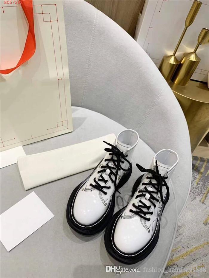 Kutusu ile kalın tabanı ve yüksek üstleri ayakkabı ile Bayanlar erken sonbahar yeni yakışıklı siyah ve beyaz boncuklu deri ayakkabı