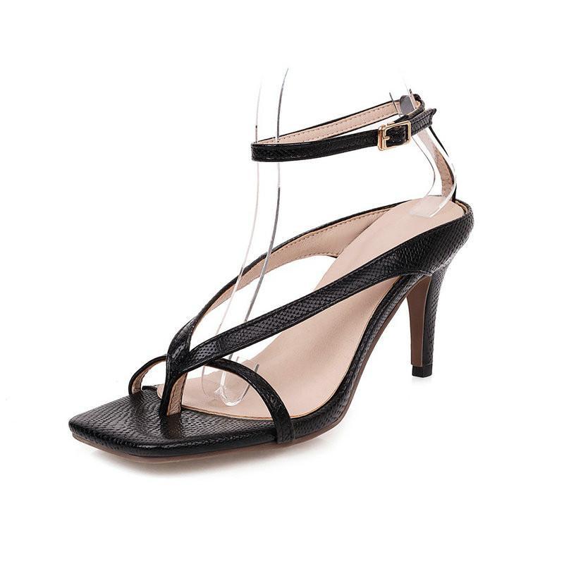 Sandalias 2021 Sexy para mujeres Bombas casuales Tobillo de tobillo Hebilla de moda Tacón alto Zapatos de mujer Tamaño de la mujer 41 42 43
