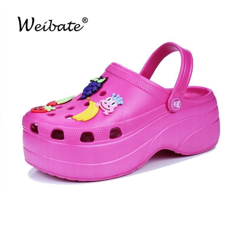 여름 여성 Croc 나막신 플랫폼 정원 샌들 만화 과일 슬리퍼 소녀 해변 신발 패션 야외 슬라이드 X0816