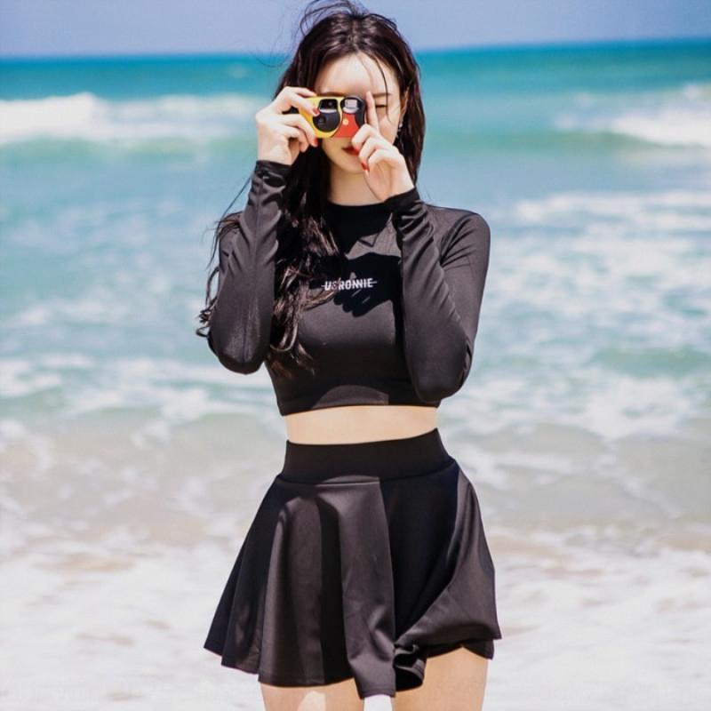 2019 Nueva Corea del traje de baño de aguas termales inconformista atractivo de las mujeres de color sólido pecho pequeño traje de baño conservador