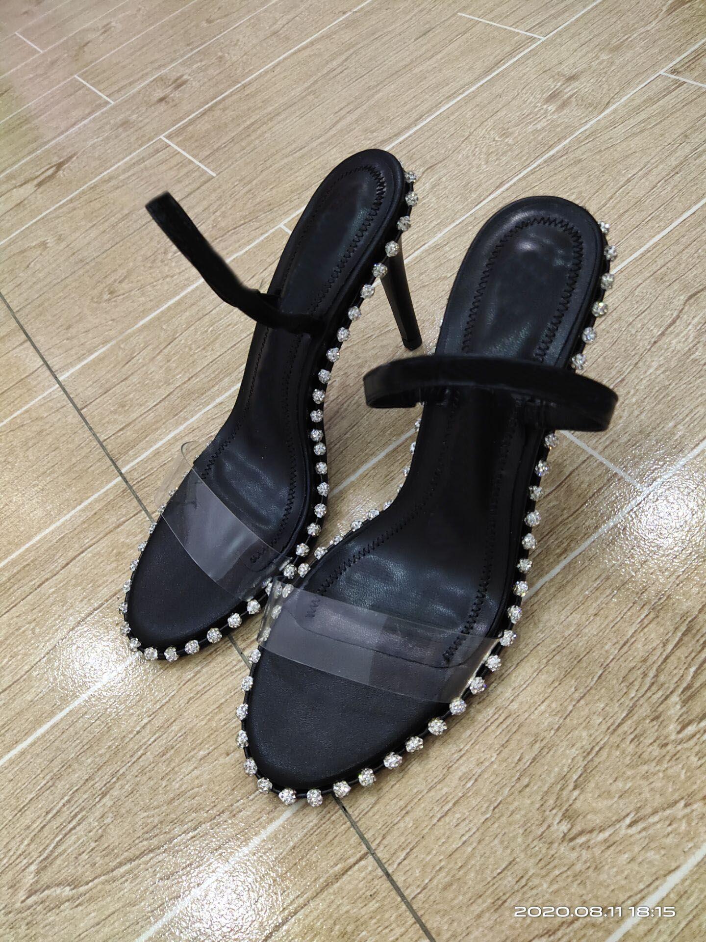 2020 femmes Designer talons hauts rivets mode fête chaussures pointues filles chaussures de danse chaussures de mariage Sandales de double