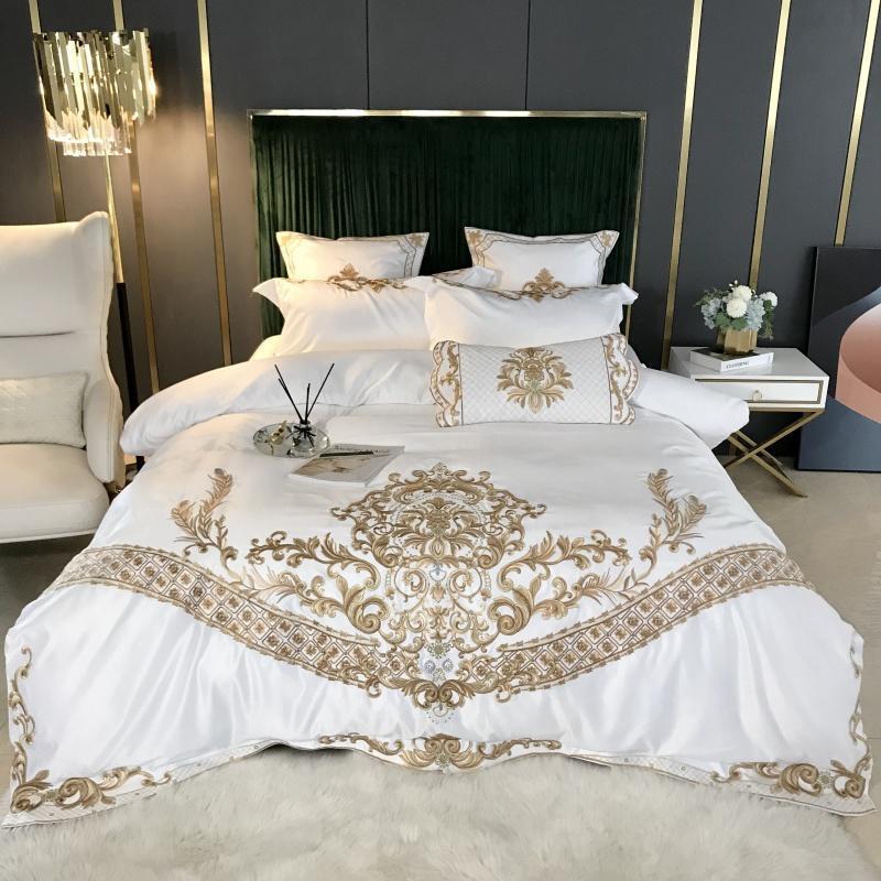 Seda branca de cama de algodão definir o tamanho do Rei Rainha Chic Ouro bordado casamento set cama super macia capa de edredon sólido conjunto de folha de cama
