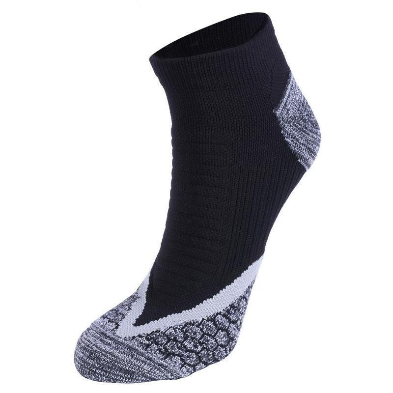 Alta calidad Deporte profesional Hombres sudar-absorbente y transpirable calcetines toalla suave cómodo del calcetín de los hombres 3 colores