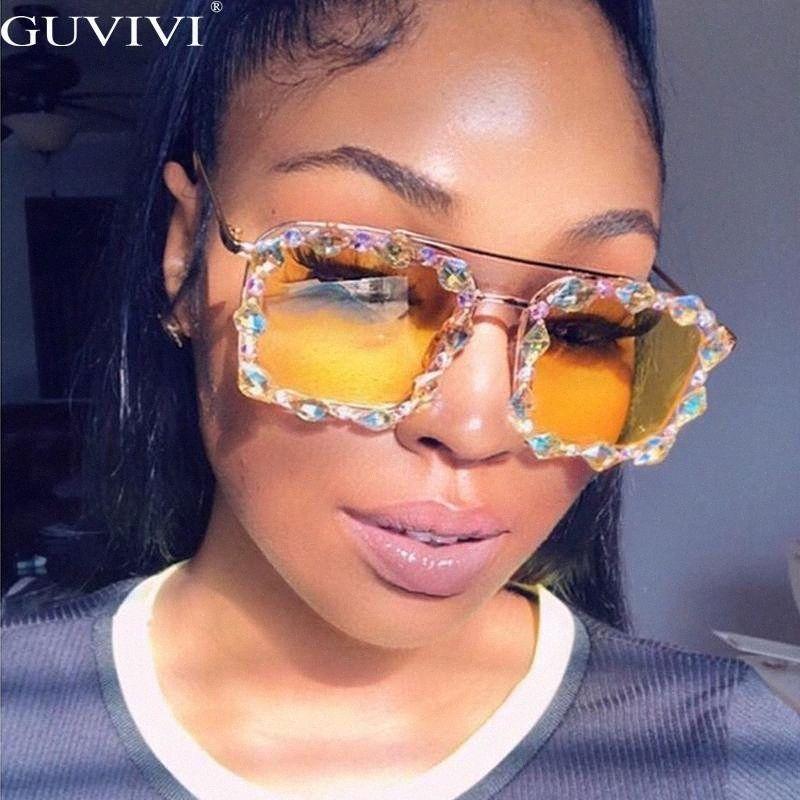 Piazza strass Occhiali da sole donne 2020 di cristallo del diamante degli occhiali da sole Occhiali da sole oversize a mano signore UV400 T200615 X5VQ #