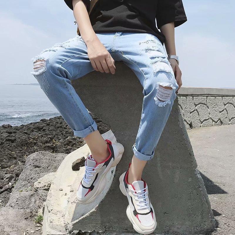 z8QLo Корейского стиль случайный отрывной вырезать джинсовый обрежутся мужчинами все соответствуют небольшим ножным случайным брюки летней тонким мужских брюк Trendy